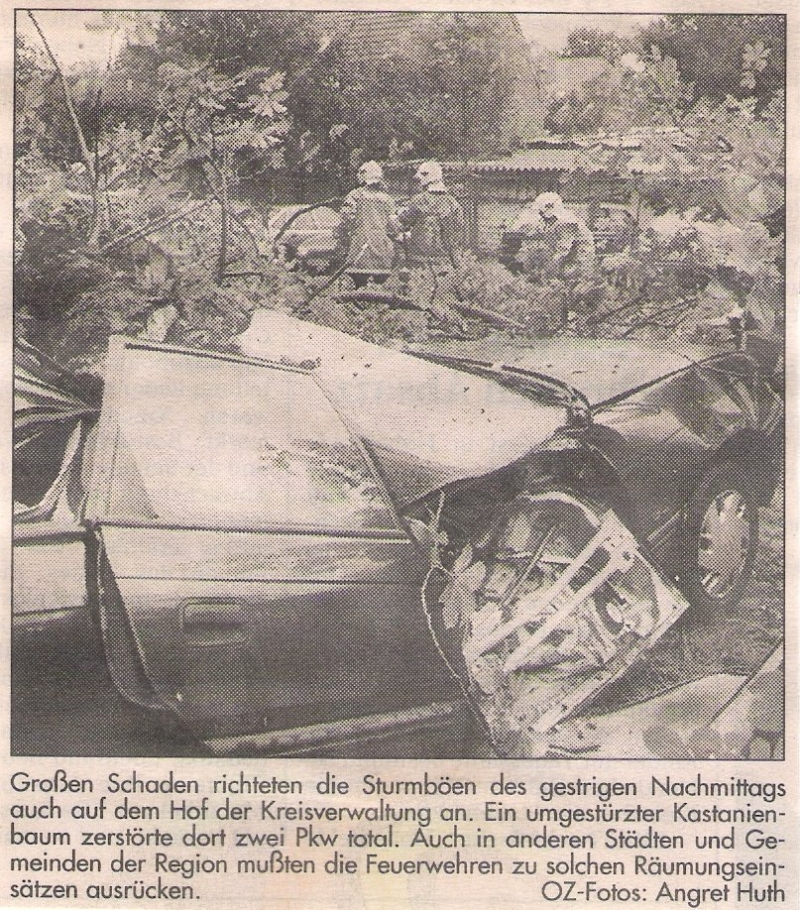 TH Baumbeseitigung - Einsatzbericht 111 - 1997 - 09.09.1997 15:30, Bad Doberan, August-Bebel-Straße, 40 min